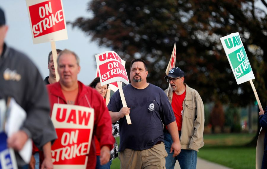 Members of the UAW Local 774 walk the picket line in front of the GM plant in Tonawanda.           (Mark Mulville/Buffalo News)