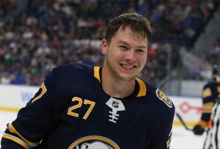 Sabres recall forward Curtis Lazar from Rochester
