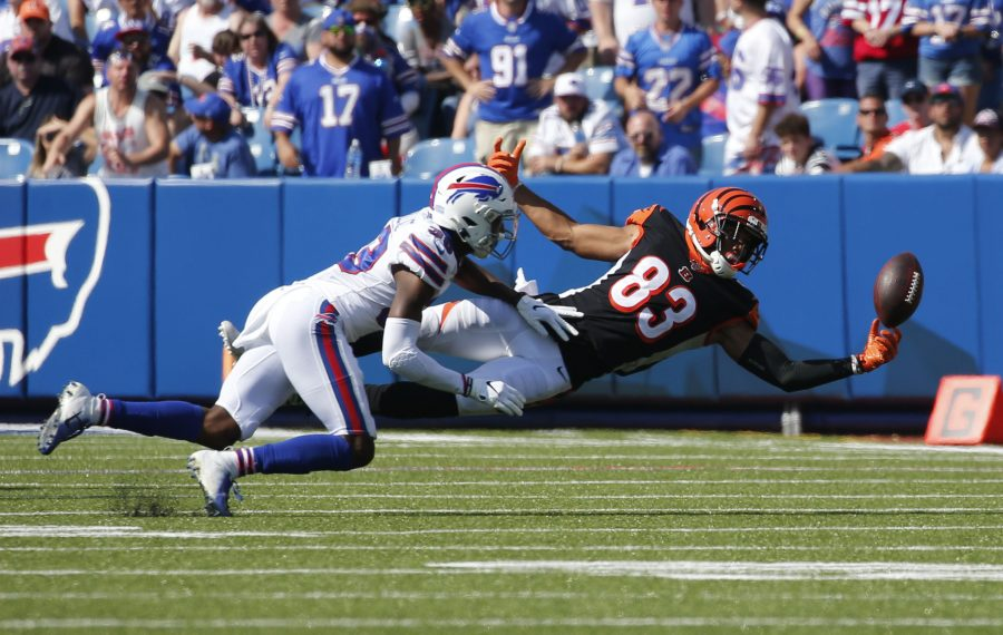 Levi Wallace breaks up a pass intended for Cincinnati's Tyler Boyd. (Derek Gee/News file photo)