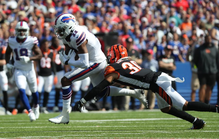 Bills wide receiver Zay Jones catches a pass for a first down over Cincinnati Bengals free safety Jessie Bates. (James P. McCoy/Buffalo News)