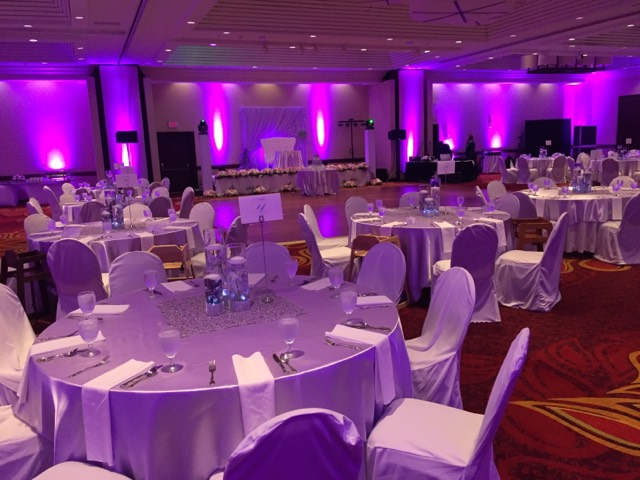 7 reasons to consider a hotel wedding