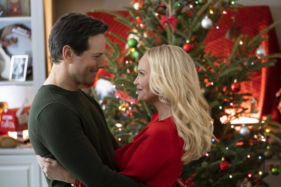 A Christmas To Remember 2019.A Christmas To Remember Cast