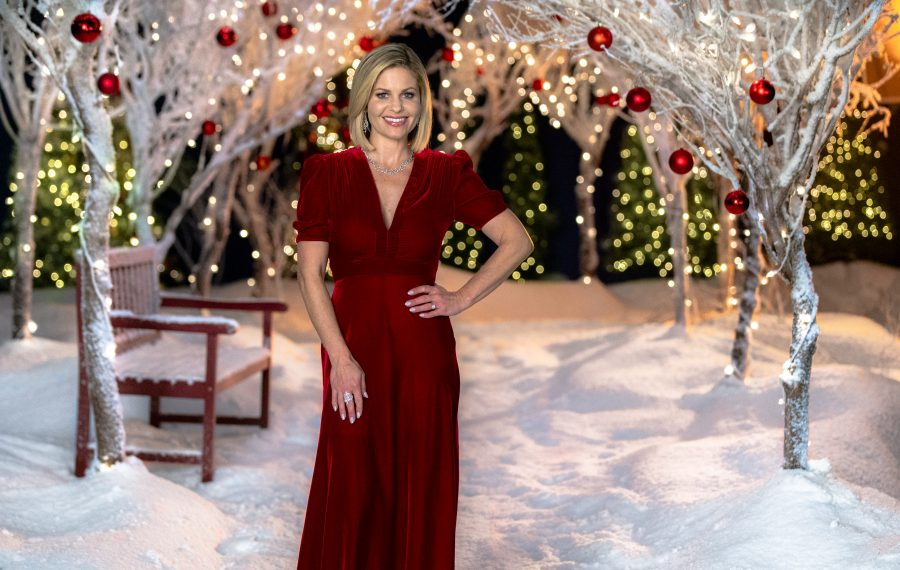 Christmas In Evergreen Tidings Of Joy.Hallmark S Gift To Tv Viewers 40 New Holiday Films The