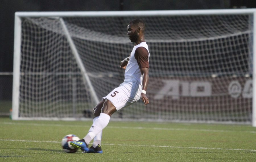 Jaaziel Thompson, who wound up in Olean to play soccer by way of Jamaica and Iowa, has made his mark for the Bonnies and reconnected with his family, too. (via St. Bonaventure Athletics)