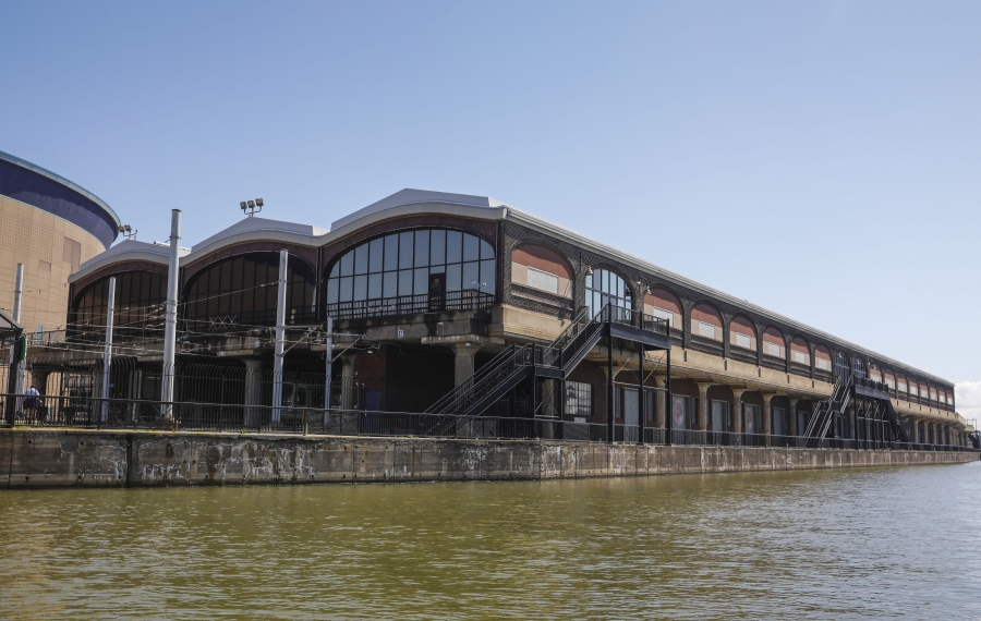 The DL&W Terminal on the Buffalo River. (Derek Gee/Buffalo News)