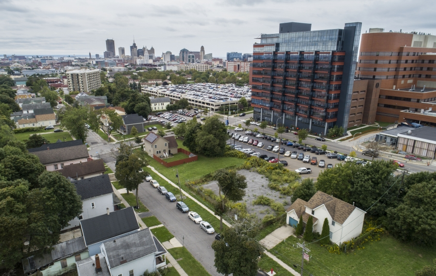 A five-story apartment building with 131 apartments is proposed for 983 Michigan Ave. across the street from the Buffalo Niagara Medical Campus. It's causing fears among some residents of the adjacent Fruit Belt. (Derek Gee/Buffalo News)