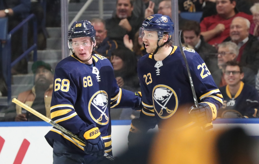 Olofsson, Sabres step on the gas in third period of shutout against Stars