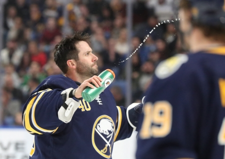 Sabres goalie Carter Hutton named NHL's Third Star of the Week after two shutouts