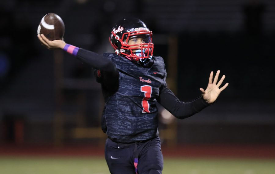 South Park quarterback Mykell Hepburn threw for five touchdowns against Starpoint during Friday's 48-8 win by the Sparks. (Harry Scull Jr./Buffalo News)