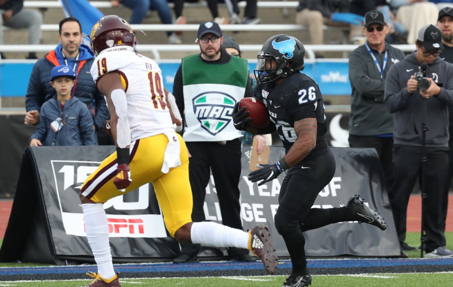 UB's Jaret Patterson had 160 net yards and two touchdowns in Saturday's win at Eastern Michigan. (James P. McCoy/Buffalo News file photo)