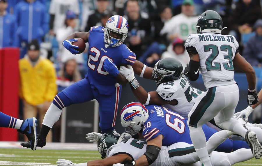 Running room was tough to come by against the Eagles for Frank Gore, but should be easier to find in Week 9. (Mark Mulville/Buffalo News)