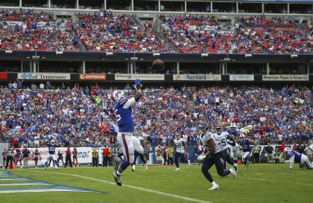 Jay Skurski's 10 observations: Defense, Duke Williams do enough for Bills in big win