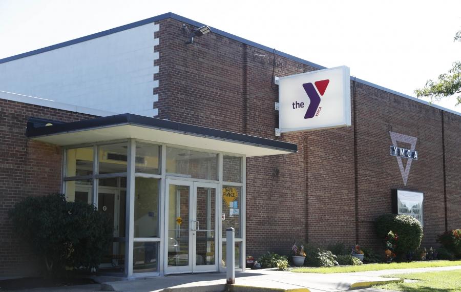 The Ken-Ton Family YMCA on Belmont Avenue in the Town of Tonawanda opened in 1955. (Sharon Cantillon/Buffalo News)