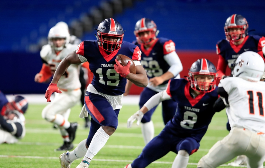 Southwestern running back Tywon Wright is coming off a huge game in the Section VI Class C final. (Harry Scull Jr./News file photo)
