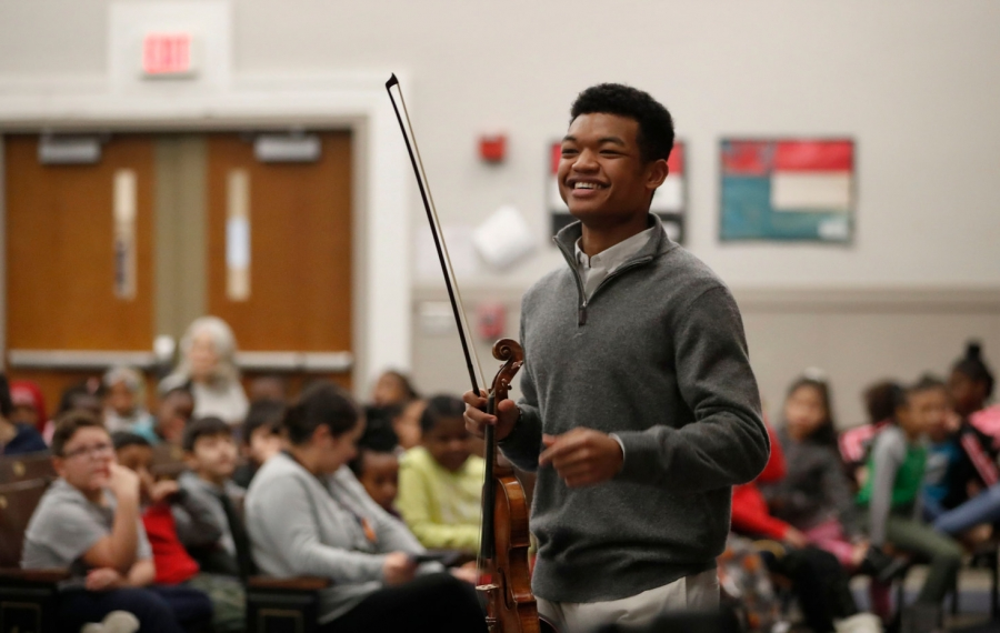 A 300-year-old violin is perfect fit for Buffalo crowd of 8-year-olds