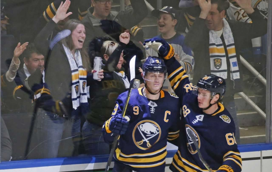 Jack Eichel making his points on hottest streak of his career