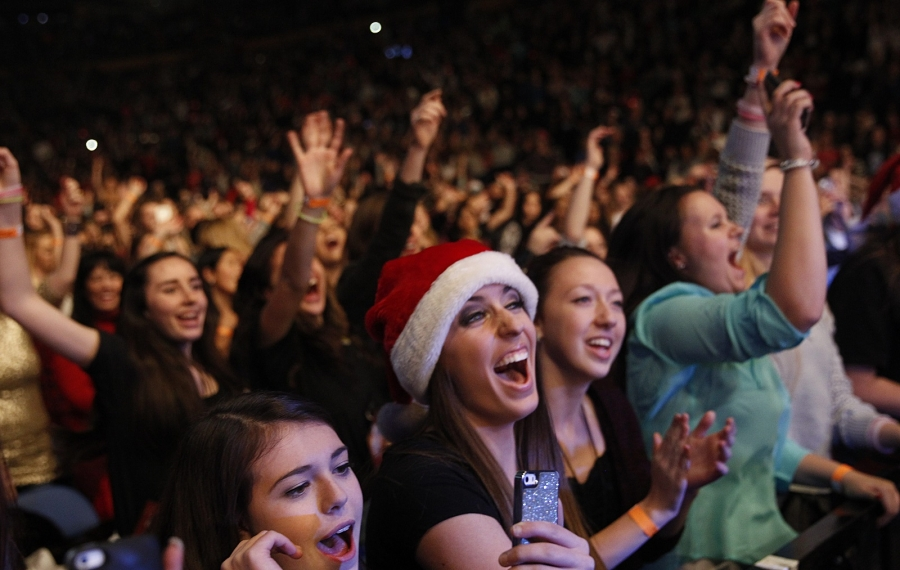 "Of KISSmas Bash, Jeff Miers writes, ""Many memories have been made at these shows over the years, and some of them are precious ones, no doubt."" (Sharon Cantillon/News file photo)"