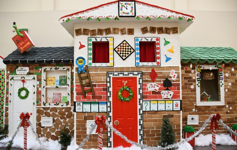 Once again, the Niagara Falls Culinary Institute will build a life-size gingerbread village. Last year, the event was featured in Food & Wine magazine. (Photo courtesy NFCI)
