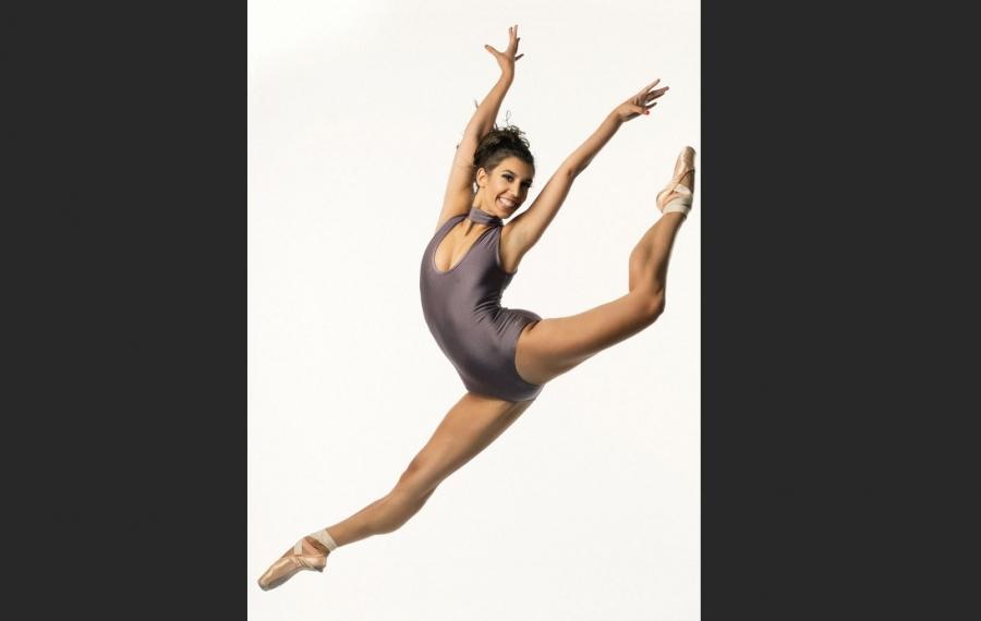 Buffalo-born ballerina finds success, happiness in Tucson, even amid fake snow