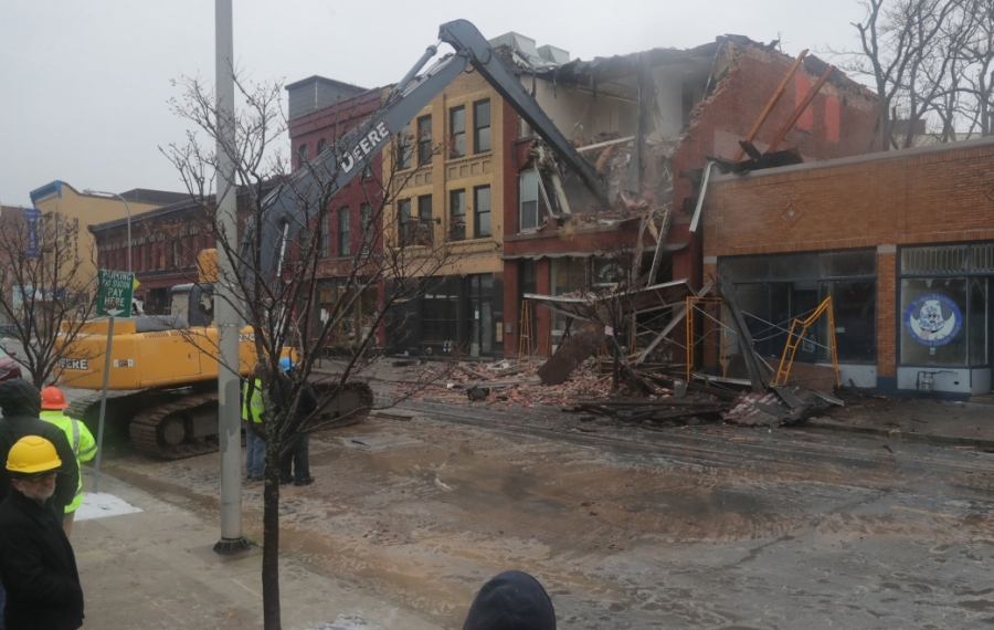 Council wants owner of collapsed Ellicott Street building to report on status of other sites