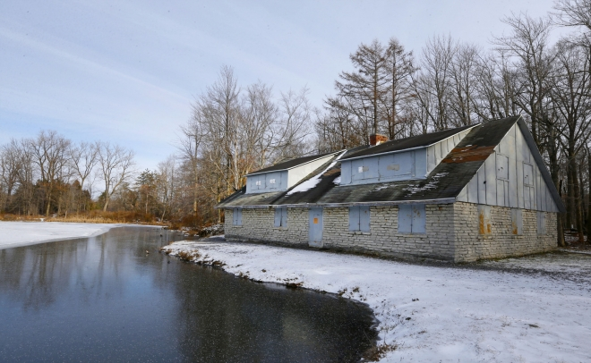 Reinstein-Woods-hiking-KIRKHAM-2020-nature-outdoors-stone-house