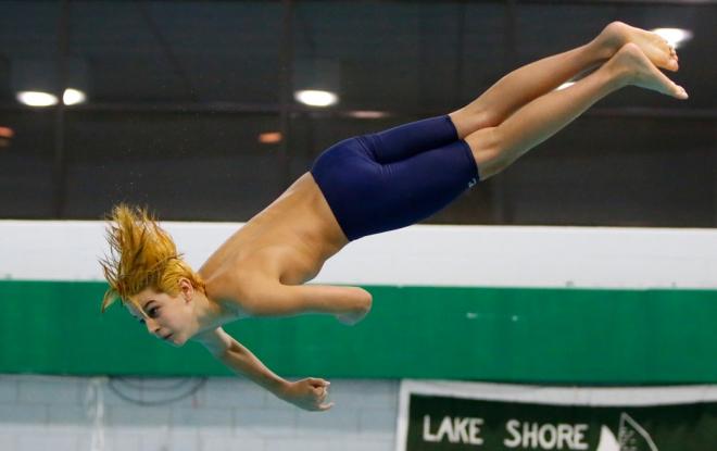 Lori-Cameron-Sports-Scull-Chris-Ignatowski-Memorial-Diving Invitational-Lake Shore-2020