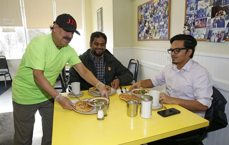Cheap Eats-JJ's Cafe-2020-Jagat-KIRKHAM-tandoori-indian food