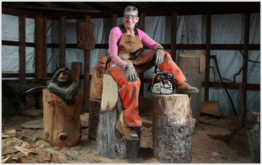 portraits of western new york-wood carver_Catherine Ward_McCoy_2020