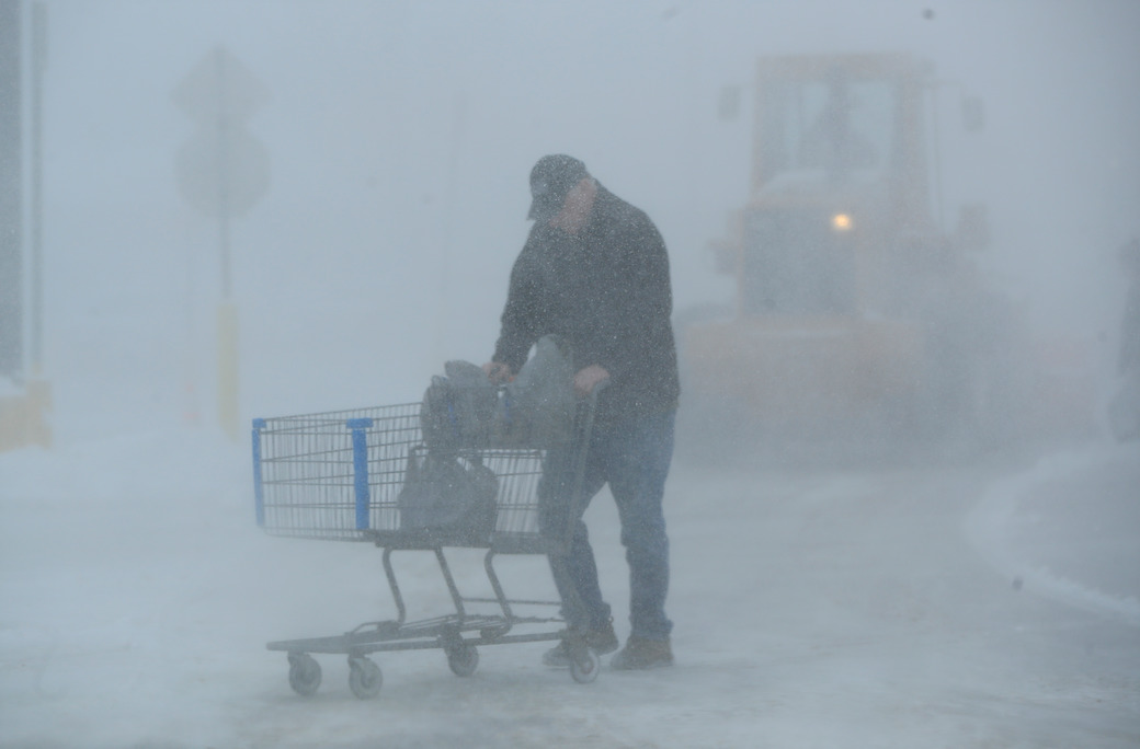 Shopper-Walmart--Scull-Weather-Snow-Springville