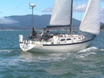 36 ft. Islander Islander 36 Cruiser Racer Boat Rental San Francisco Image 5