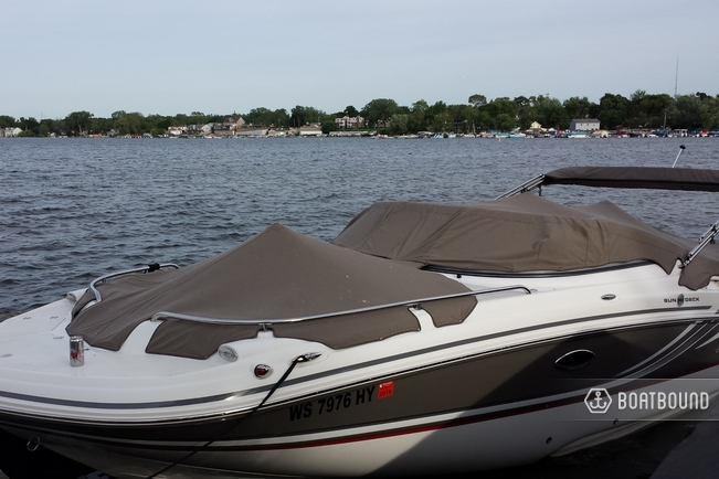 Img Large R additionally Hurricane Fundeck Fd F as well D Wiring Question Screenshot besides Hurricane Fun Deck furthermore Pic Grande. on hurricane deck boat trolling motor on