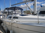 41 ft. Hunter Hunter 41 Sloop Boat Rental Los Angeles Image 19