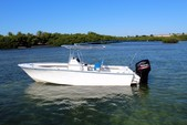 23 ft. SeaCraft by Mako 23 Classic Center Console Boat Rental The Keys Image 1