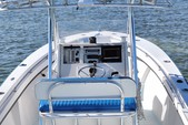 23 ft. SeaCraft by Mako 23 Classic Center Console Boat Rental The Keys Image 4