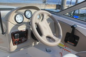 18 ft. Four Winns 180 HORIZON LE(**) Bow Rider Boat Rental Rest of Southwest Image 5
