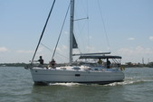 36 ft. Hunter HUNTER 36 Cruiser Boat Rental N Texas Gulf Coast Image 2
