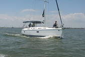 36 ft. Hunter HUNTER 36 Cruiser Boat Rental N Texas Gulf Coast Image 3