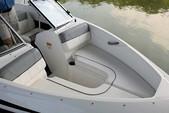 18 ft. Bayliner Marine Corp 175 BR(**) Bow Rider Boat Rental Tampa Image 5