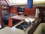40 ft. Hunter Hunter 40.5 Cruiser Boat Rental West Palm Beach  Image 14