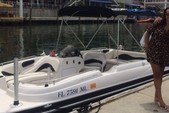 21 ft. Stardeck Aurora 2000 Deck Boat Boat Rental Miami Image 14