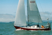 35 ft. J Boats Inc J/35/CU Cruiser Racer Boat Rental San Francisco Image 2