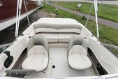 18 ft. Sea Ray Boats 180 Sport BR w/Trlr Fish And Ski Boat Rental Austin Image 3