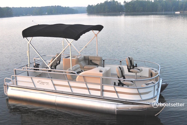 Rent A 2015 24 Ft Bentley Pontoon 240 Cruise W 50hp In Fort Walton