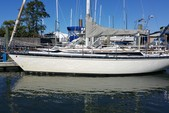 34 ft. Dufour Yachts Classic 35 Cruiser Racer Boat Rental New York Image 1