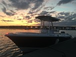 24 ft. Sea Hunt 236 Center Console Boat Rental Charleston Image 6