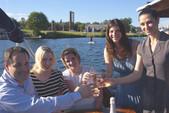 28 ft. Thomley Cruiser Boat Rental Seattle-Puget Sound Image 5