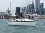 31 ft. Hunter 31 Sloop Boat Rental Chicago Image 2