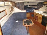 28 ft. Sea Ray Boats 270 Sundancer Cruiser Boat Rental New York Image 1