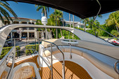 45 ft. Meridian Yachts 391 Sedan Flybridge Boat Rental Miami Image 6