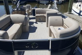 22 ft. Avalon Pontoons 22' LSZ Fish Pontoon Boat Rental N Texas Gulf Coast Image 1